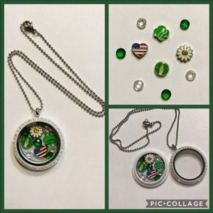 Jewelry - Girl Scout Floating Charm Locket w/Necklace